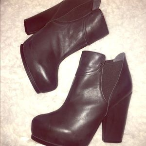 NWT Max studio black leather booties. Size 9.5